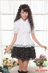 White shirt with short sleeves G.L.P sweet lolita bow